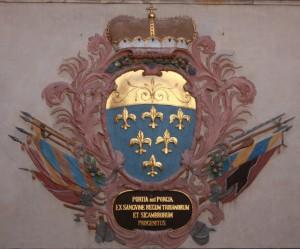 Schloss_Porcia_-_Arkadenhof_-_Wappen